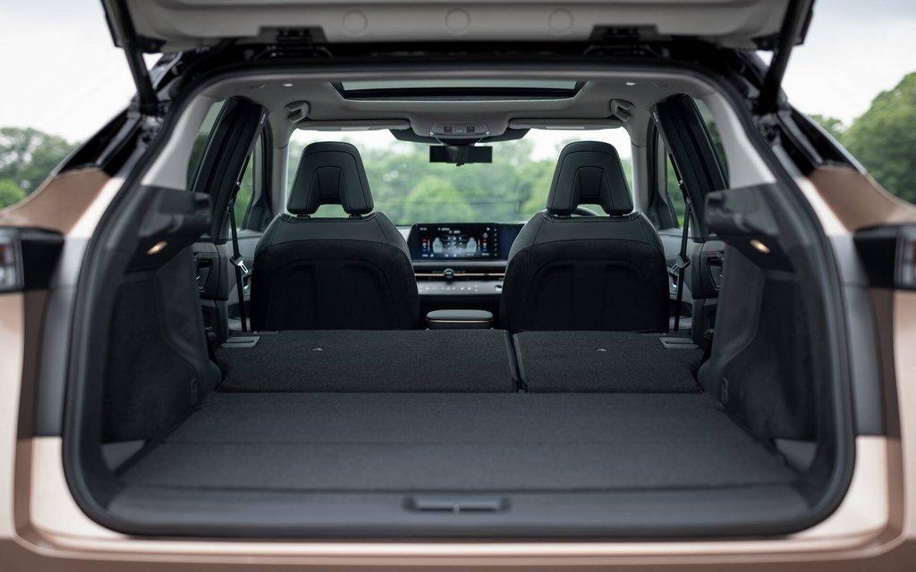 Autoptofix. Nissan Ariya 2022 Багажник