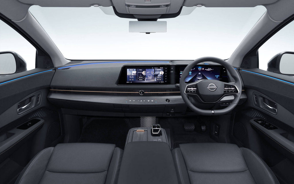 Autoptofix. Nissan Ariya 2022 Интерьер