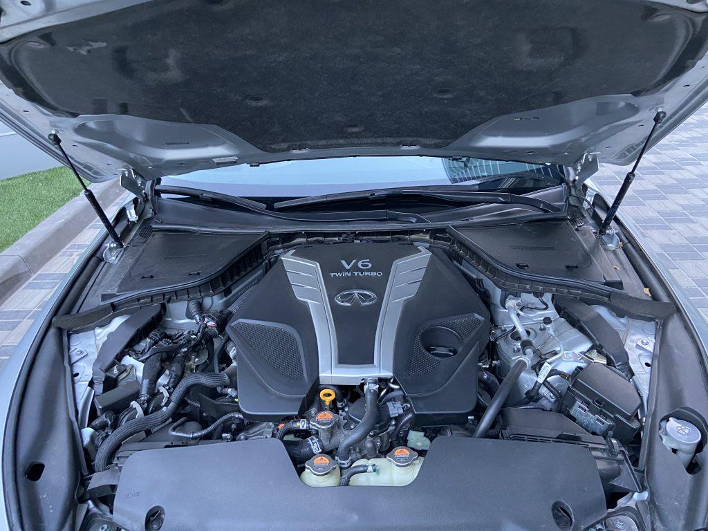 Infiniti Q50 LUXE Двигатель